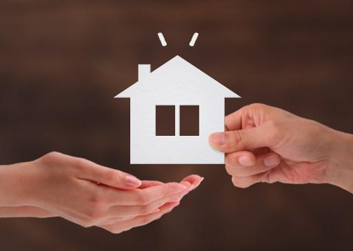 相続した不動産を売る前の確認事項と買取までの流れ