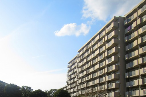 老後の戸建てからマンションの住み替え。メリットやデメリット、注意事項をご紹介